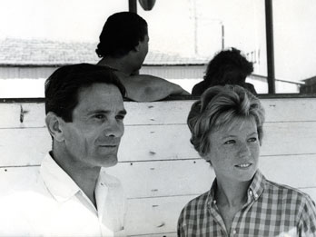 Pier Polo Pasolini e Dacia Maraini http://www.oggi.it/people/programmi-tv-spettacoli/2013/10/24/dacia-maraini-una-vita-in-viaggio/